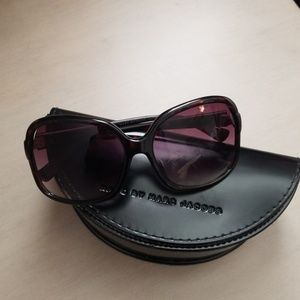 Marc by marc Jacob's oversized sunglasses